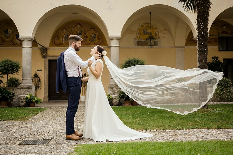 Bianco Bride